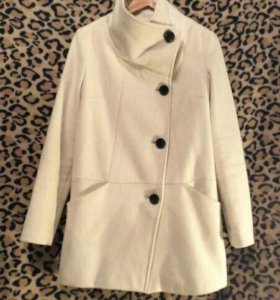 Пальто женское BERSKA