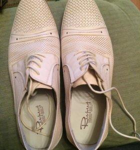 Мужская кожаная обувь 40 размер