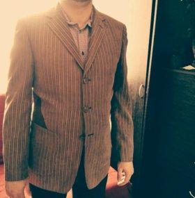 Мужской пиджак.