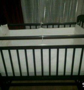 Детская классическая кроватка