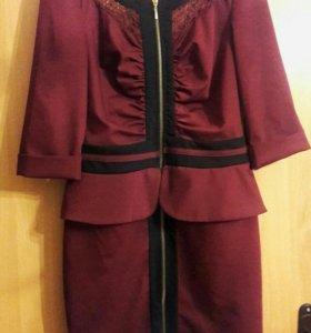 Платье-футляр 42 размер