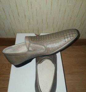 Туфли мужские 39 р