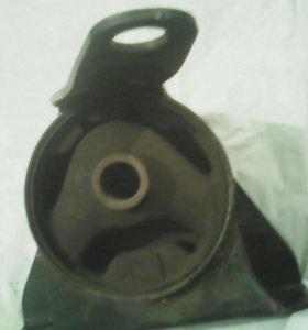 Подушка двиг. для Т- Королла 100 кузов 5А двиг.