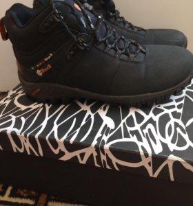 Ботинки зимние