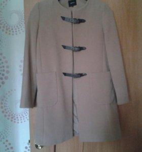 Стильное пальто, осеннее