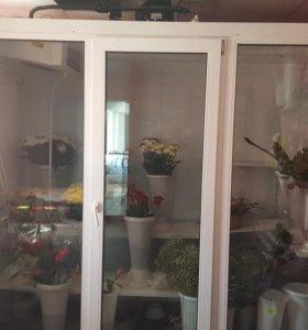 Холодильник цветочный