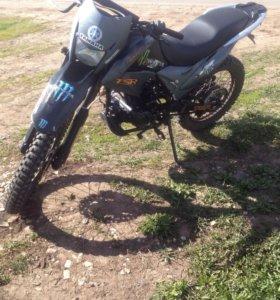 Продам мотоцикл fighter tsr 250