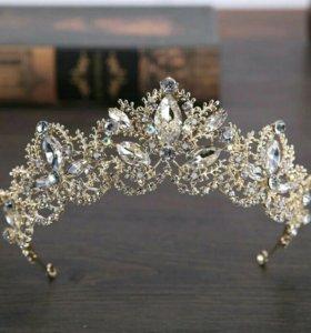 Шикарная диадема, корона в золоте с серебром