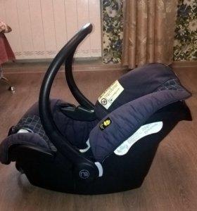 Автокресло - переноска 0 - 13 кг. Mothercare