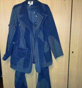 Джинсовый костюм р.52-54