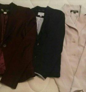 Жакеты, пиджаки (9 штук)