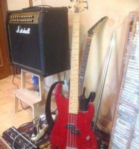 Продам бас гитару.