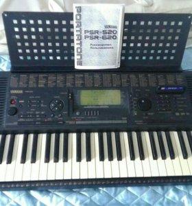 Продам синтезатор Yamaha PSR-620