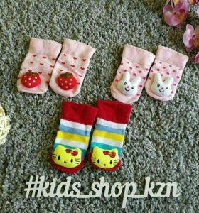 Теплые носки на малышей