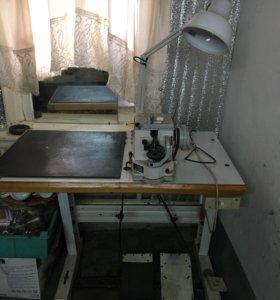 Продаётся скорняжная швейная машина