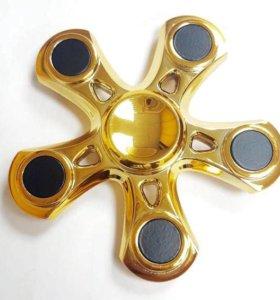 Спиннер металл золотой новый