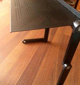 Охлаждающая подставка/столик для ноутбука.