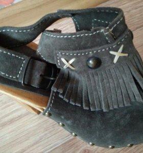 Новые туфли Laura Scott