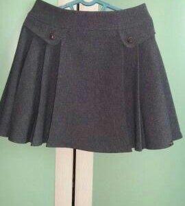 Школьная юбка и блузка на 12-13 лет