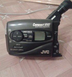 Видеокамера vhs gr-ax760