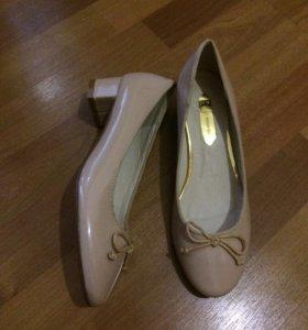 Туфли(новые)размер37-38