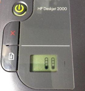 Цветной принтер HP Deskjet 2000 торг 122