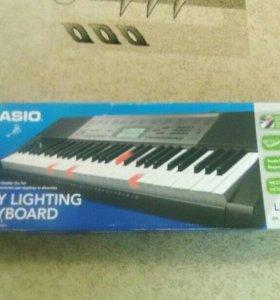 """Клавишный синтезатор """"Cassio"""" СТК - 240/245"""