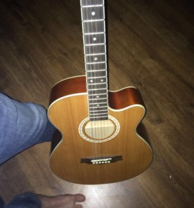 6тиструнная гитара