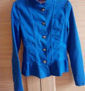 Курточка, пиджак на девочку