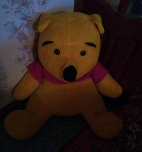 Продам большого медведя.
