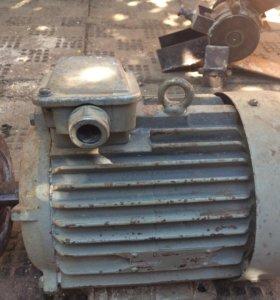 Двигатель 3 кВт 1500 об.