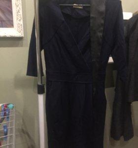 Платье темно-синие с поясом