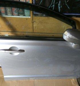 Дверь правая передняя Honda Civic 4d