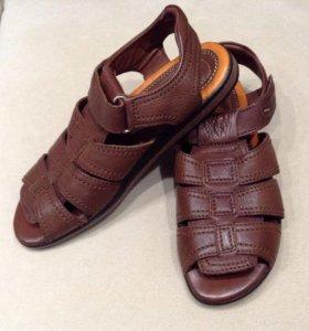 Новые сандалии кожаные Томас Мюнц, 39