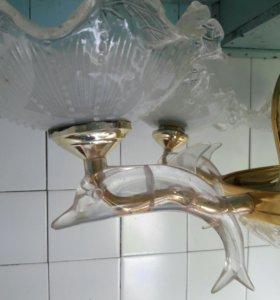 Креативная люстра Дельфины