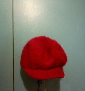 Шапочка красная