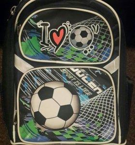 Новый портфель, ранец, рюкзак для мальчика