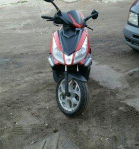Скутер ирбис Грейс 150