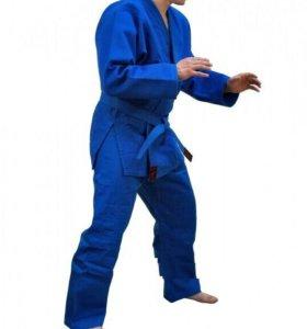 Синее кимоно для дзюдо