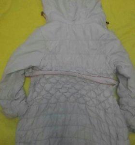 Пальто для девочки демисезонное, рост 110