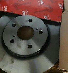 Диски тормозные TRW DF 4204