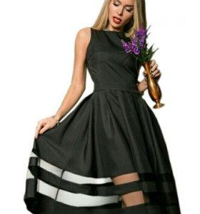Платье фирмы dressum