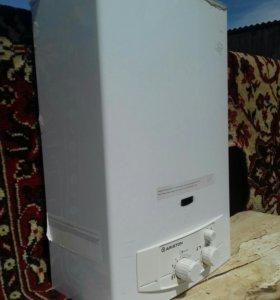 Газовый водонагреватель ARISTON
