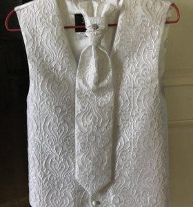 Свадебный жилет с галстуком (пластрон) и платком