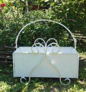 Кованные ящики для посадки цветов