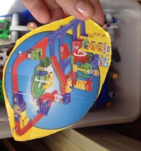 Детская дорога с машинками на батарейках (с ящиком