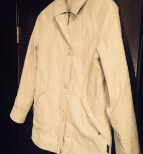 Куртка-ветровка C.&A.(Sympatex)с капюшоном