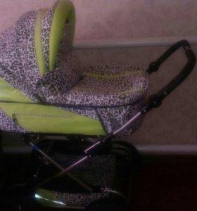 Детская коляскм