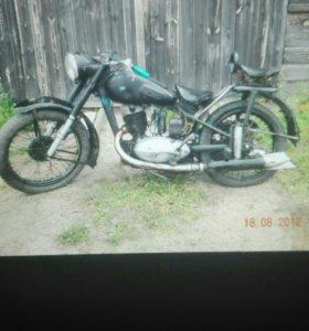 Мотоцикл ИЖ 49 1953 года выпуска
