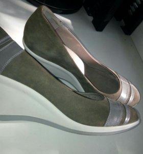 Туфли кожаные новые Belwest
